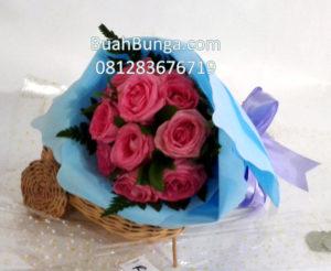 Mawar Valentine Pink untuk istri  081283676719 Kode : Pbb-BV 02