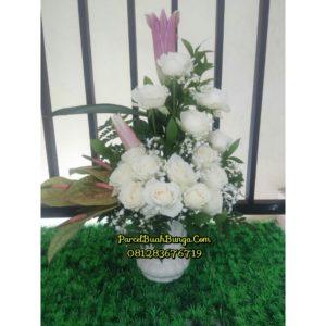 Toko Bunga Vas Valentine 2017 di Bogor 081283676719 Kode : PBB-BV-10