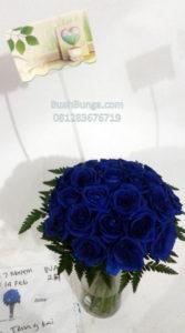 Bunga Valentine   Bunga Vas Mawar Biru 081283676719