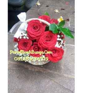Bunga Keranjang Mawar Merah Valentine 081283676719 | Bunga Valentine